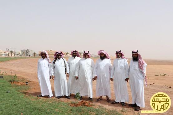 ضمن حملة أرض القصيم خضراء شارك مركز خصيبة بالحملة الثانية