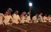 عبدالعزيز خلوي بن هديب يقيم وليمة عشاء