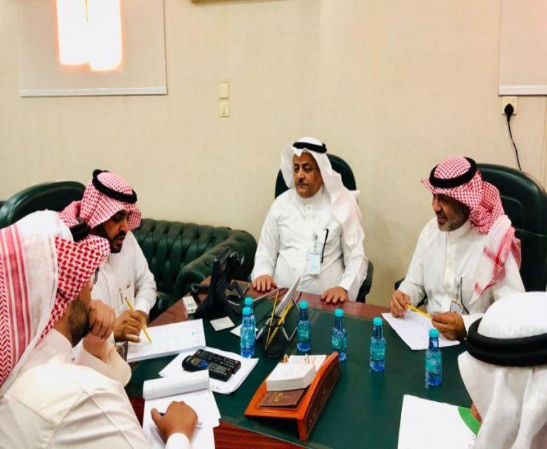 المهندس  مرزوق الفريدي باستقبال مدير عام فرع وزارة العمل والتنميه الاجتماعيه بالقصيم