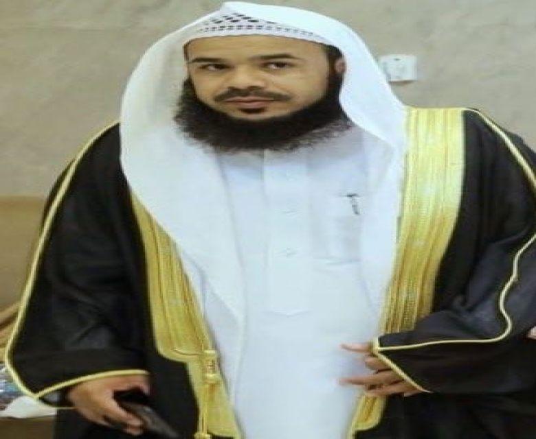 عبدالعزيز بن خلوي بن خنيفس بن هديب  الفريدي خريجًا