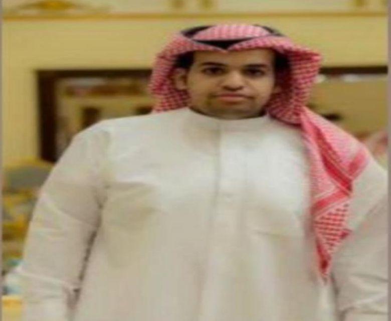 ناصر بن صويفان الفريدي يحصل على درجة دكتور صيدلي