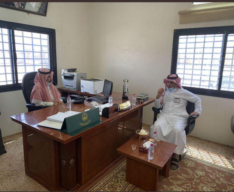 زيارة رئيس بلدية محافظة الحناكيه لمركز الهميج