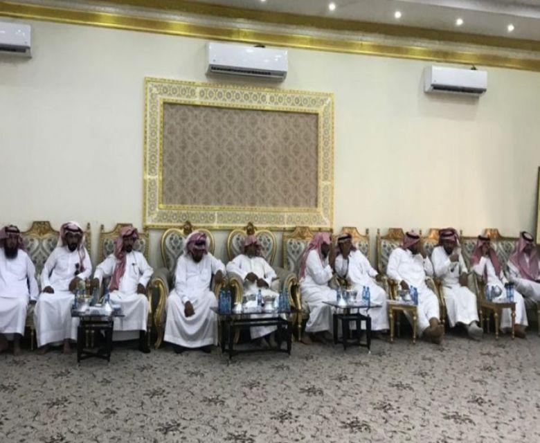 استضاف أبناء الشيخ جازي الوسوس الفريدي رحمه الله شيوخ ووجهاء القبائل